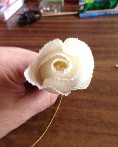 آموزش گل سازی, ساخت گل کاغذی کشی