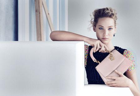 مدل کیف و لوازم آرایش برند دیور با تبلیغات جنیفر لارنس