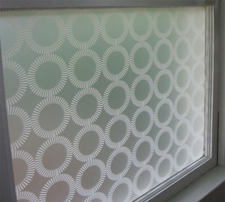 روش های استفاده از شیشه های مشجر,برچسب شیشه مات کن