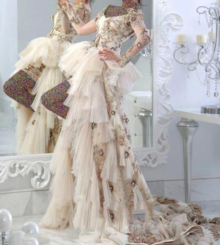 مدل لباس نامزدی نباتی, لباس نامزدی رنگی