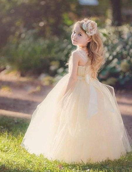 لباس مجلسی دخترانه, مدل های لباس عروس بچه گانه