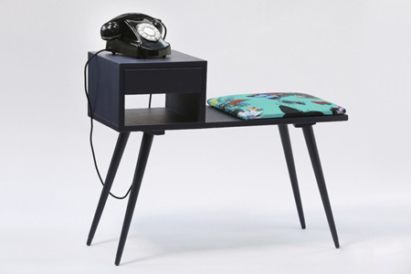 دکوراسیون میز تلفن, میز تلفن چوبی