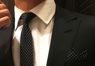 انتخاب ید کراوات و دستمال جیب,نکاتی برای ید کراوات و دستمال جیب