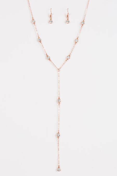 گردنبندهای رومانتویی, طرح هایی از گردنبندهای رو لباسی, گردنبندهای جدید رو لباسی