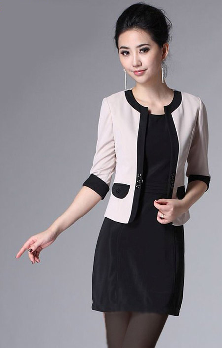 [تصویر:  stylish-skirt-suits2-e11.jpg]