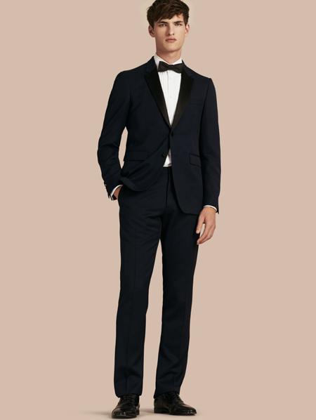 [تصویر:  suit.jpg]