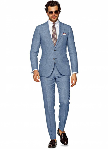 مناسب ترین رنگ پیراهن برای کت و شلوار آبی, کت و شلوار آبی کمرنگ