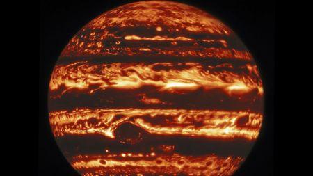 سیاره مشتری در نورهای متفاوت ,اخبار علمی ,خبرهای علمی