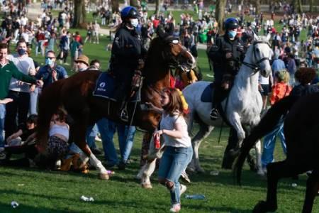 عکسهای جالب,عکسهای جذاب,پلیس اسب سوار