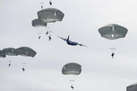 عکسهای جالب,عکسهای جذاب,چتر نیروهای نظامی