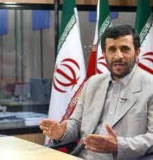 توصيه احمدينژاد به قذافي: به خواست مردم تن دهيد/ چطور ممکن است فردی مردم خود را بکشد؟