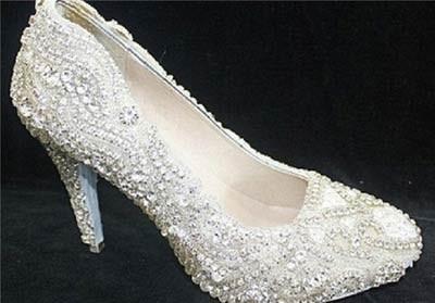 گران ترین کفش زنانه جهان +عکسگرانترین کفش,گران ترین کفش زنانه جهان,کفش ساخته شده از الماس