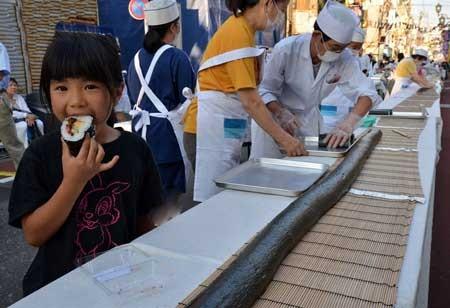 فستیوال تابستانه در توکیو , سوشی , اخبار گوناگون