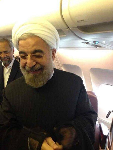 تصویر روحانی پس از تماس اوباماو در حال عزیمت به ایران