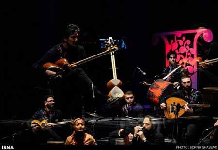 اجرای گروه رستاک در جشنواره موسیقی فجر تهران عکس