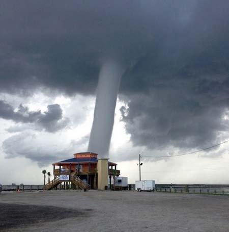 گردباد در لوییزیانا آمریکا
