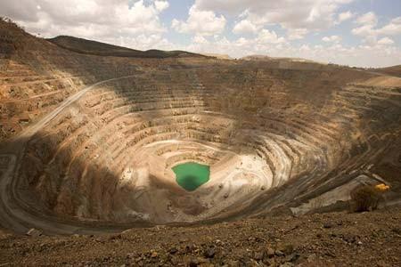 نمایی از یک معدن دو منظوره(طلا-مس) در استرالیا
