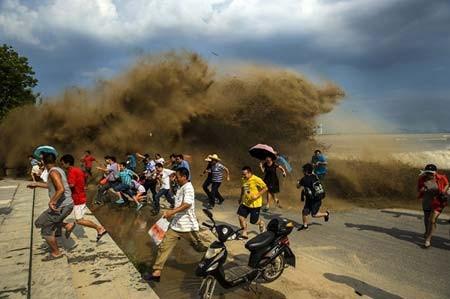 بالا آمدن سطح آب رودخانه کیانگ تانگ در چین