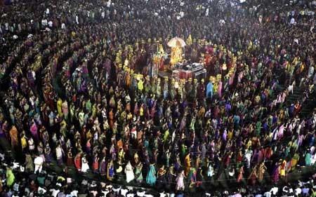 فستیوال آیینی سالانه در گجرات هند