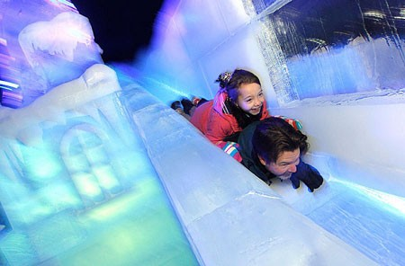 فستیوال برف و یخ در بروخه، بلژیک