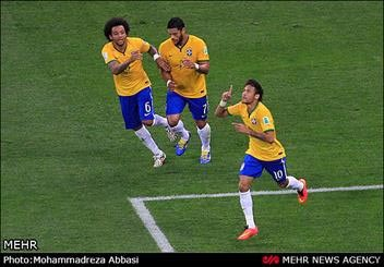 برزیل جام بیستم را با پیروزی آغاز کرد/ پنالتی مشکوک داور ژاپنی