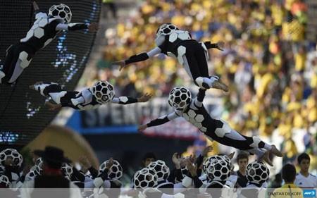 تصاویری متفاوت از مراسم افتتاحیه جام جهانی 2014