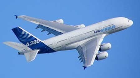 بزرگترین هواپیمای جهان در تهران(+عکس)