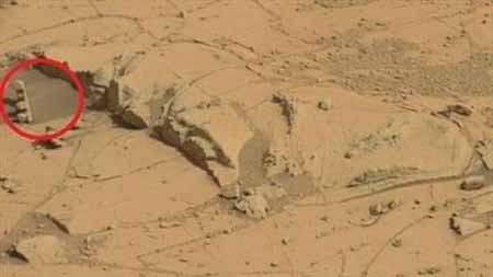کشف چراغ راهنمایی و رانندگی در مریخ+تصویر