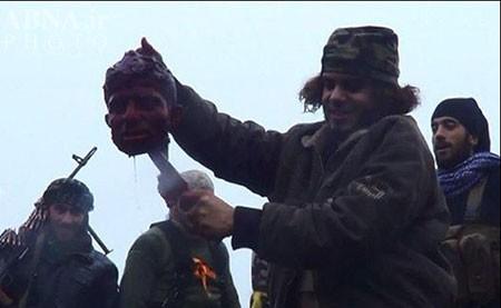 9309 10t998  تسلط داعش بر حویجه المریعیه/ ذبح سرباز ارتش سوریه + عکس(۱۸+)