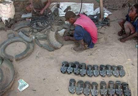 تصاویر دیدنی,تصاویر جالب,ساخت کفش با تایر ماشین