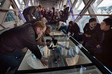 عکسهای جالب,پل شیشه,تصاویر دیدنی