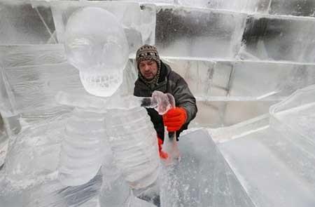 تصاویر دیدنی,ساخت مجسمه یخی,تصاویر جالب