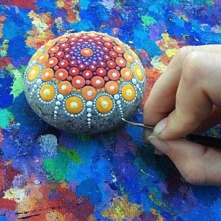 اخبار,اخبار گوناگون ,  خلاقیت روی سنگهای ارزان قیمت