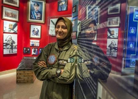 اخبار,اخبار گوناگون,خلبان زن