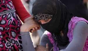 چرا خانوادهها در لیبی دختران خود را به داعش میدهند ؟