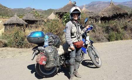 ماجراجویی بانوی ایرانی موتورسوار دور دنیا + (تصاویر)