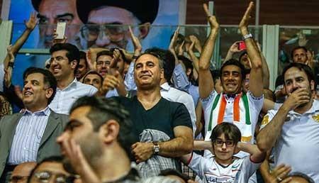 اخبار,اخبار فرهنگی , حضور بازیگران در دیدار تیم های ملی والیبال ایران و آمریکا
