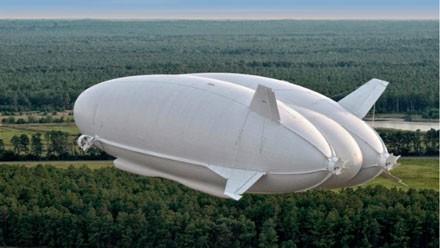 پرواز موفقیتآمیز بزرگترین پرنده ساخت بشر
