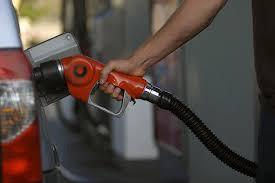 بنزین ١٢٠٠ تومانی صحت ندارد