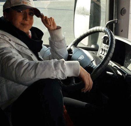 تریلی اسکانیا با رانندگی دختر جوان ایرانی + تصاویر