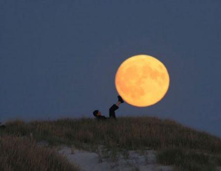 اخبارگوناگون,خبرهای گوناگون,شوخی با ماه