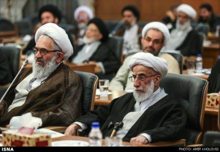 9412 25t2744 آیت الله جنتی در جلسه عصر مجلس خبرگان (عکس)