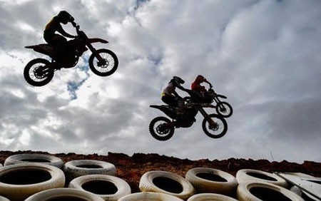 عکسهای جذاب,تصاویر جالب,مسابقات موتور سواری