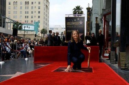 ستارهای به نام جودی فاستر در پیادهروی مشاهیر هالیوود / عکس