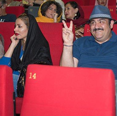 انتشار تصویر پتو پیچ شده همسر مهران غفوریان در اعتراض به یک نشریه!