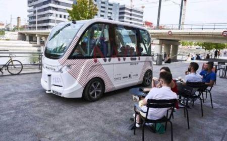 آغاز به کار نخستین اتوبوس های بدون راننده در فرانسه