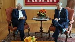 روز پرترافیک ظریف در شیلی / وزیر خارجه امضای توافق صلح را تبریک گفت