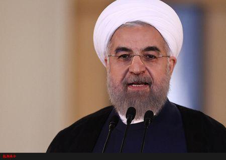 روحانی: تضعیف و تخریب دولت حرام است