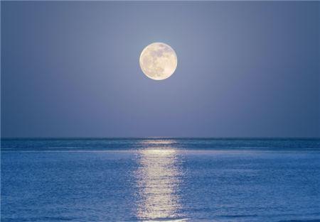 ماه میتواند شدت زمینلرزه را افزایش دهد؟