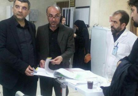 عیادت قائممقام وزارت بهداشت از خانواده دکتر صلحی